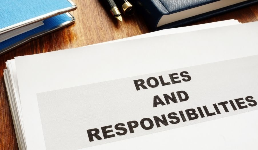 roles and responsibilties of marketing consultant